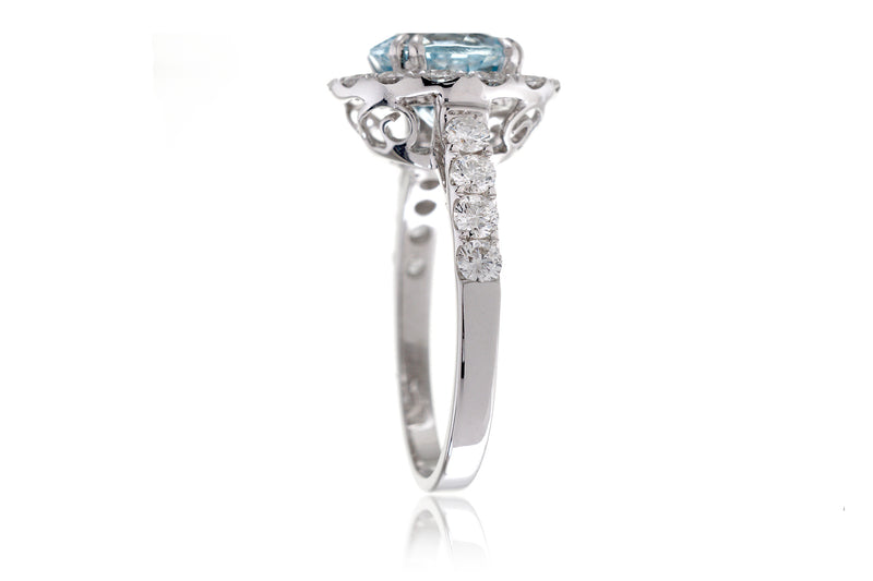 The Charlotte Round Aquamarine (8.1 mm)