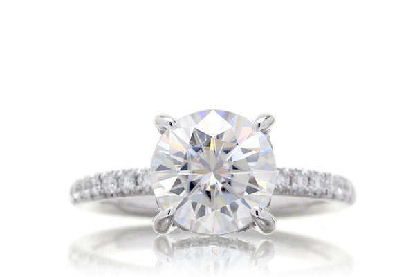 The Drenched Solitaire Round Moissanite