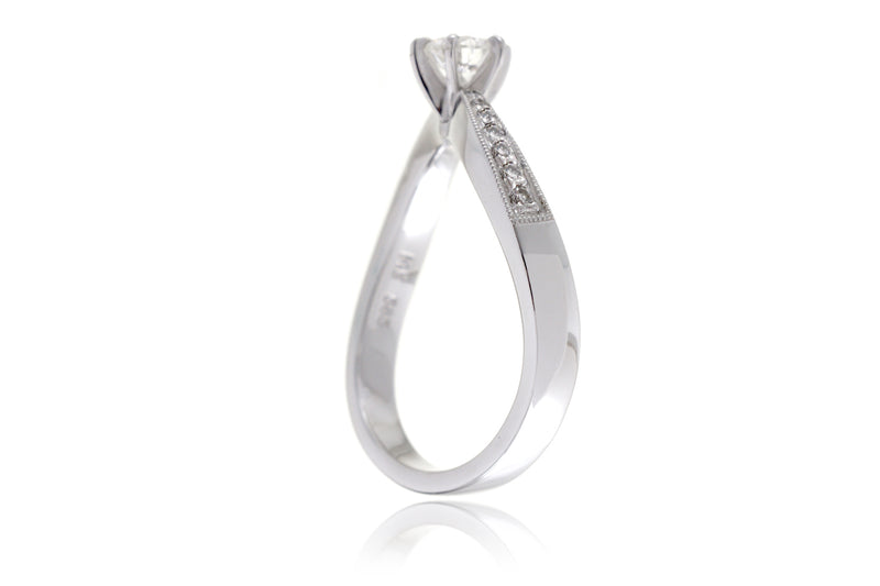 The Wave Round Diamond Ring (0.39 ct. tw.)
