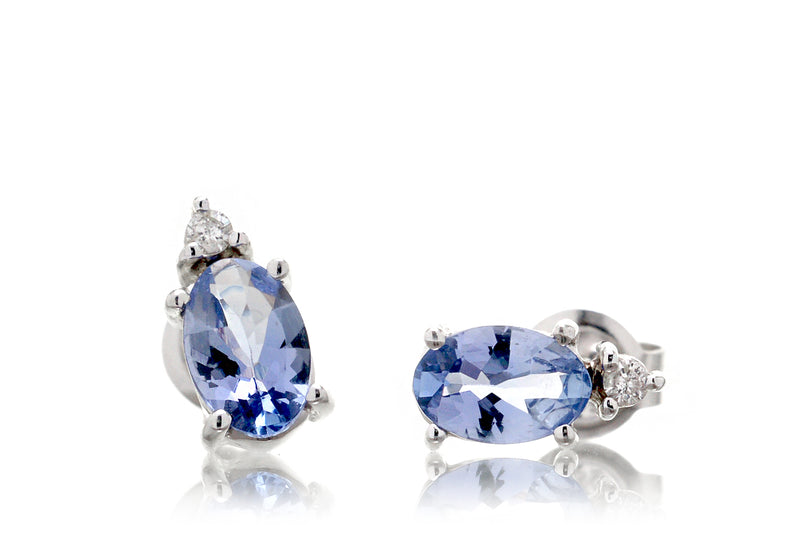 The Kichi Tanzanite Stud Earrings (4x6mm)