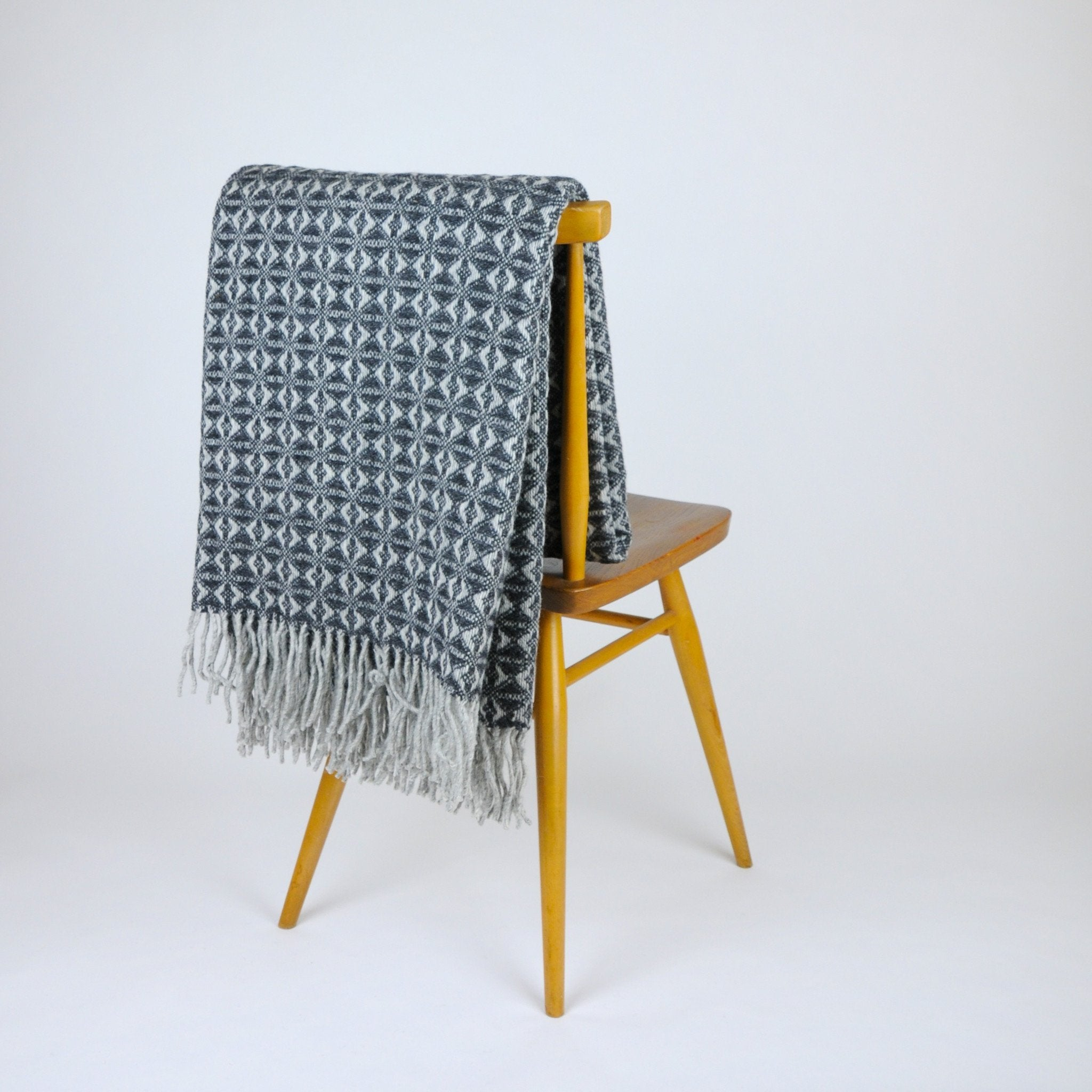 Tweedmill Charcoal Cob Weave Throw