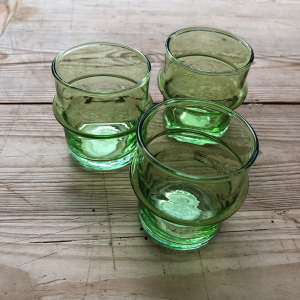 Green Recycled glass tea light holder