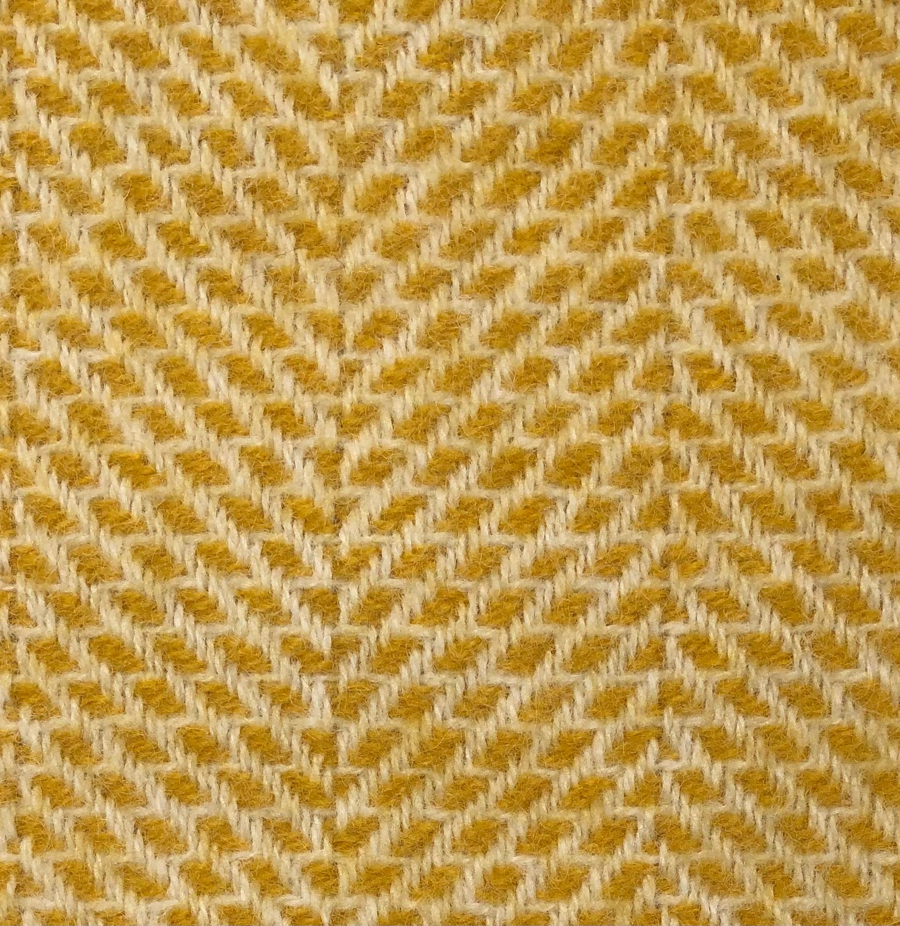 Tweedmill Beehive Yellow Throw