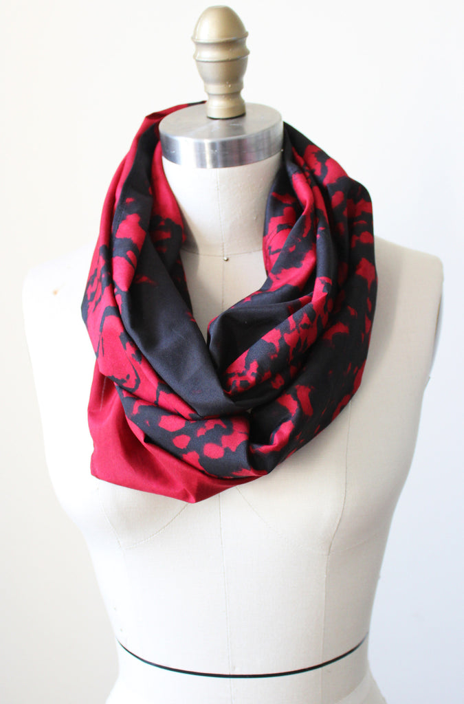 shades of trinbago infinity scarf - Tabii Just