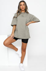 Front Row Tee Dusty Khaki