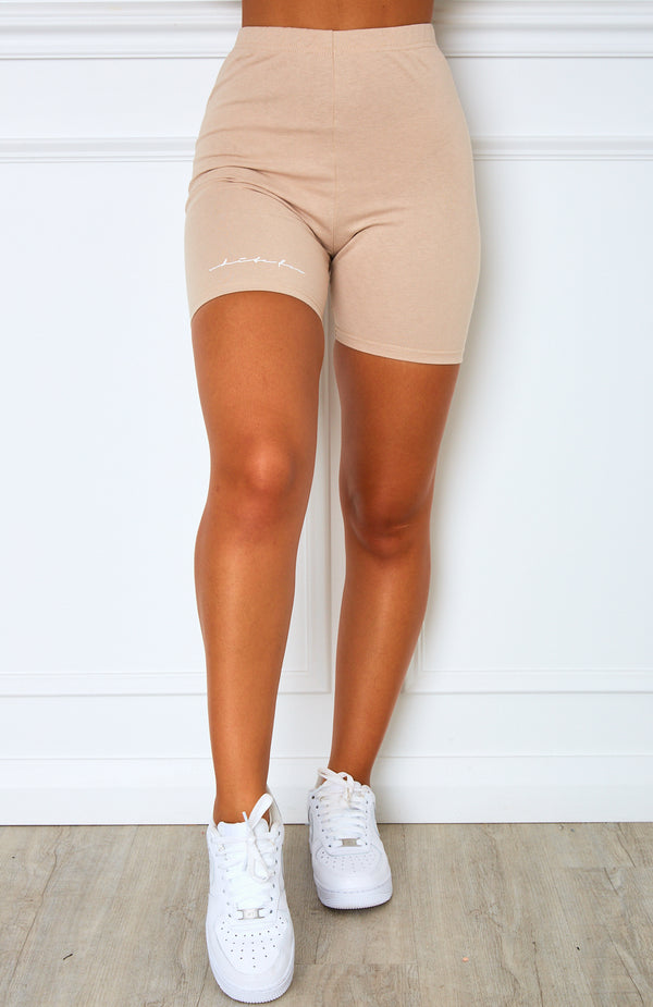 Signature Bike Shorts Sand