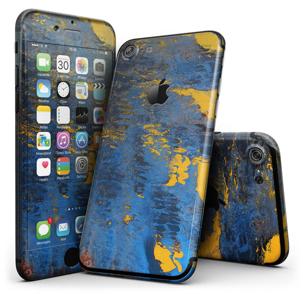 Abstract_Blue_and_Gold_Wet_Paint_-_iPhone_7_-_FullBody_4PC_v1.jpg