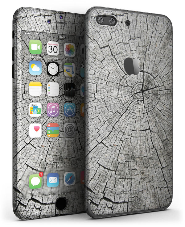 Aged_Cracked_Tree_Stump_Core_-_iPhone_7_Plus_-_FullBody_4PC_v3.jpg