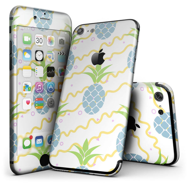 Animated_Retro_Pineapples_-_iPhone_7_-_FullBody_4PC_v1.jpg