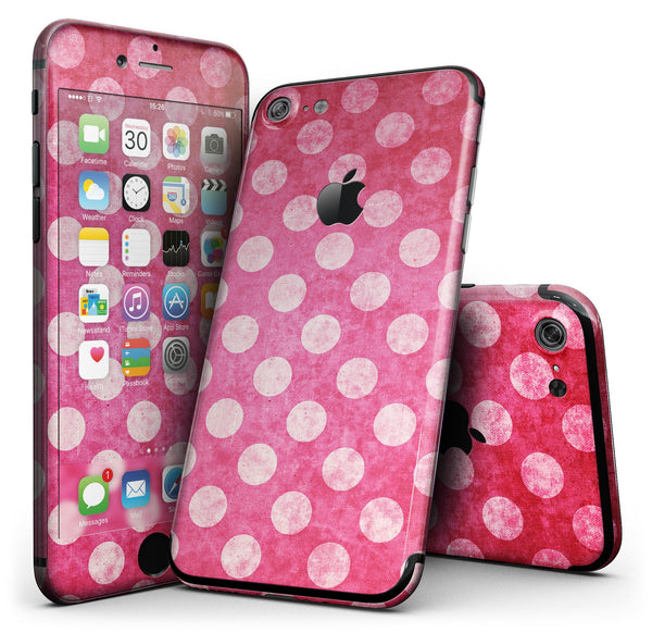 Antique_Magenta_and_Pink_Polkadotted_Pattern_-_iPhone_7_-_FullBody_4PC_v1.jpg