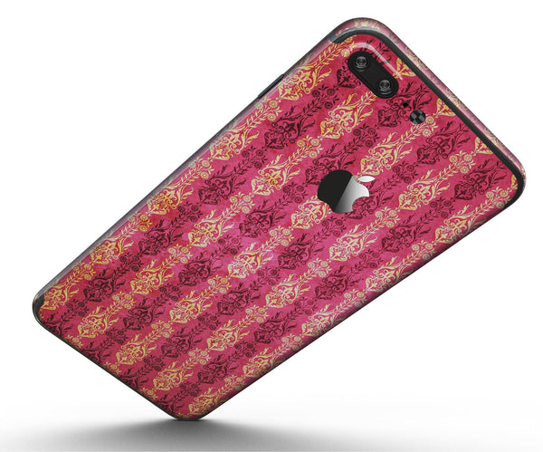 Antique_Pink_and_Yellow_Damask_Pattern_-_iPhone_7_Plus_-_FullBody_4PC_v5.jpg
