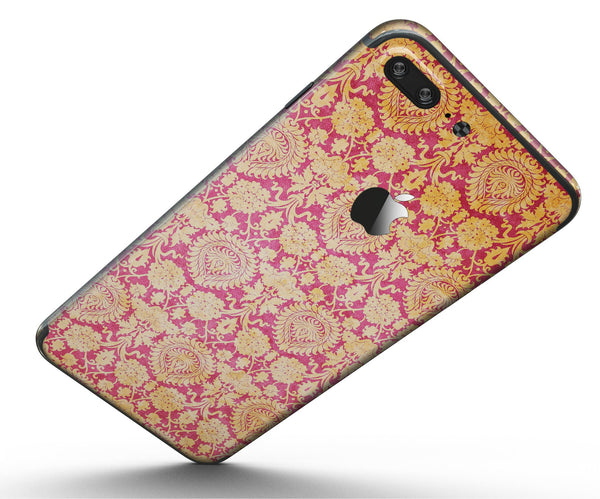 Antique_Red_and_Orange_Cauliflower_Damask_Pattern_-_iPhone_7_Plus_-_FullBody_4PC_v5.jpg