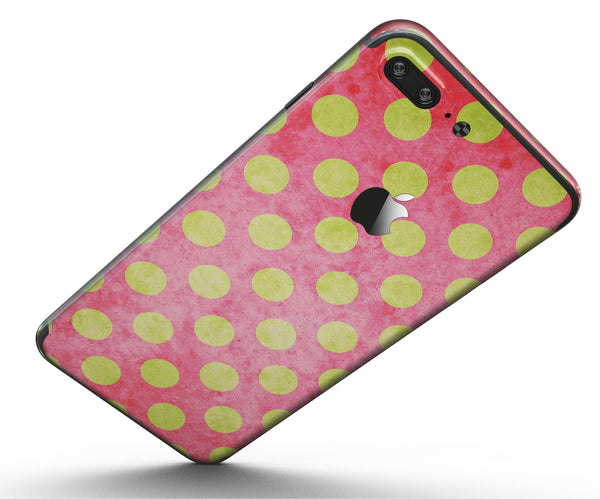 Antique_Red_and_Yellow_Polkadot_Pattern_-_iPhone_7_Plus_-_FullBody_4PC_v5.jpg