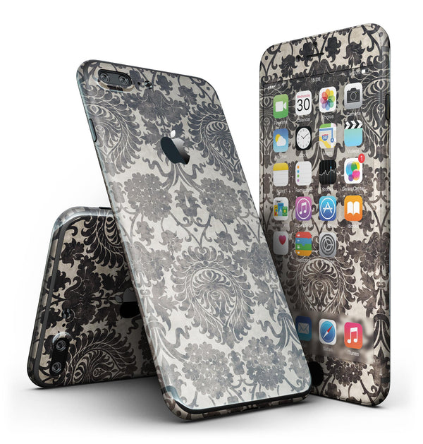 Black_and_Neutral_Decadence_Pattern_-_iPhone_7_Plus_-_FullBody_4PC_v2.jpg