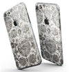Black_and_White_Cauliflower_Damask_Pattern_-_iPhone_7_-_FullBody_4PC_v3.jpg