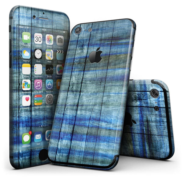 Blue_and_Green_Tye-Dyed_Wood_-_iPhone_7_-_FullBody_4PC_v1.jpg