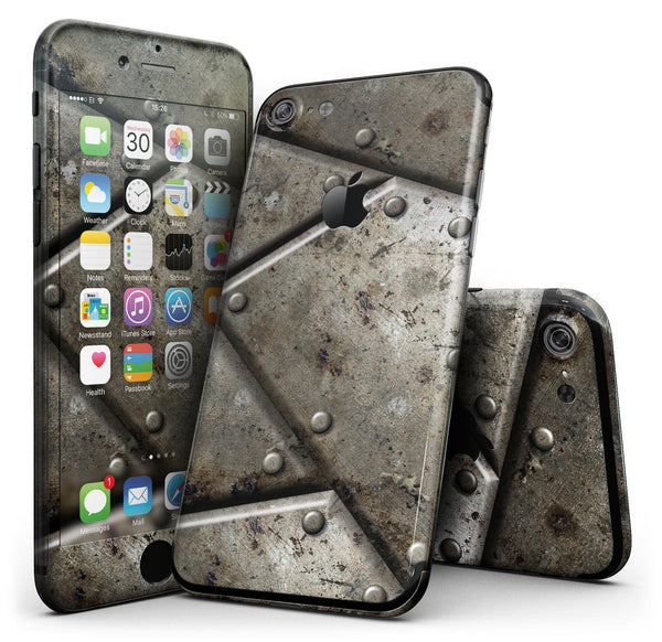 Bolted_Steal_Plates_V2_-_iPhone_7_-_FullBody_4PC_v1.jpg