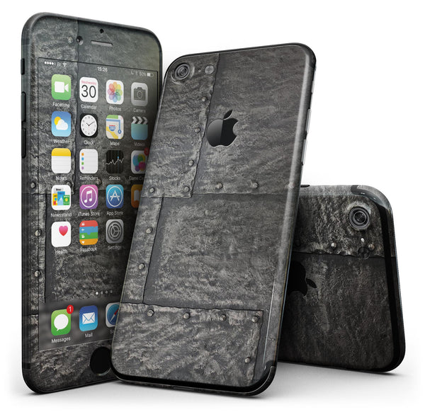 Bolted_Steel_Plates_-_iPhone_7_-_FullBody_4PC_v1.jpg