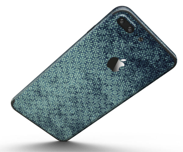 Dark_Grungy_Teal_Micro_Snowflake_Pattern_-_iPhone_7_Plus_-_FullBody_4PC_v5.jpg