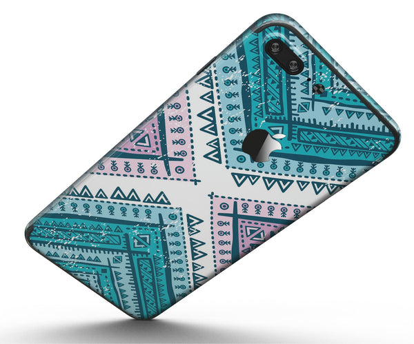 Ethnic_Aztec_Blue_and_Pink_Point_-_iPhone_7_Plus_-_FullBody_4PC_v5.jpg