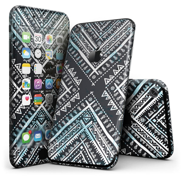 Ethnic_Aztec_Navy_Point_-_iPhone_7_-_FullBody_4PC_v1.jpg