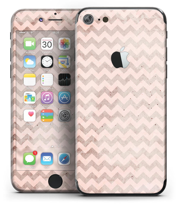 Faded_Cocoa_and_Light_Pink_Chevron_Pattern_-_iPhone_7_-_FullBody_4PC_v2.jpg
