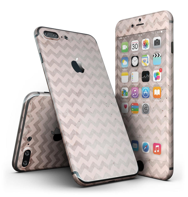 Faded_Cocoa_and_Light_Pink_Chevron_Pattern_-_iPhone_7_Plus_-_FullBody_4PC_v2.jpg