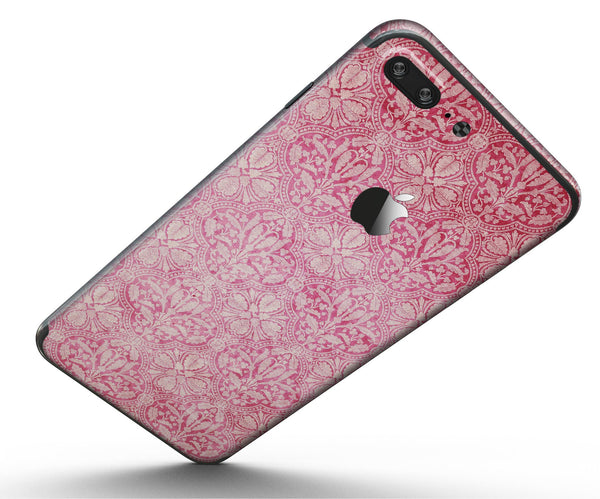 Faded_Deep_Pink_Damask_Pattern_-_iPhone_7_Plus_-_FullBody_4PC_v5.jpg