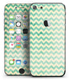 Faded_Green_Chevron_Pattern_-_iPhone_7_-_FullBody_4PC_v2.jpg