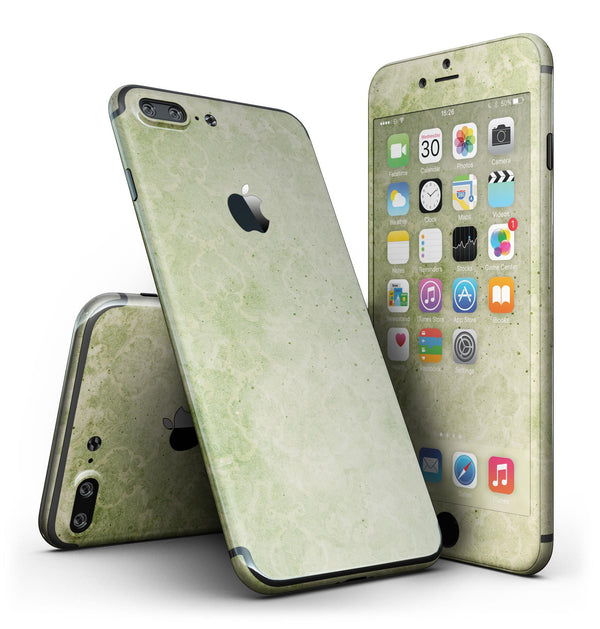 Faded_Green_Grunge_Inflated_Damask_Pattern_-_iPhone_7_Plus_-_FullBody_4PC_v2.jpg