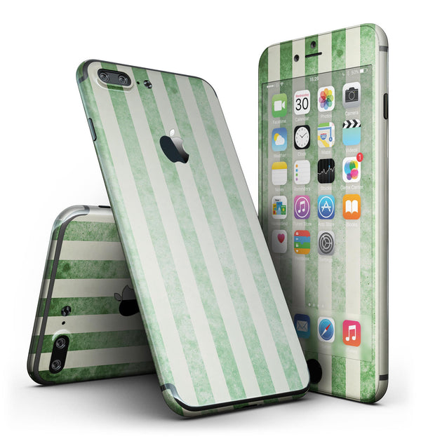 Faded_Green_Vertical_Stripes_-_iPhone_7_Plus_-_FullBody_4PC_v2.jpg