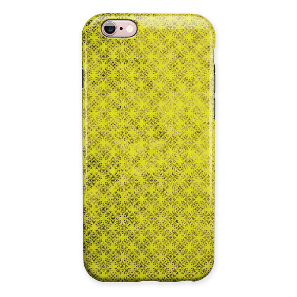 Grunge Yellow Overlapping Circles iPhone 6/6s or 6/6s Plus 2-Piece Hybrid INK-Fuzed Case