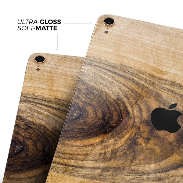 "Light Knotted Woodgrain - Full Body Skin Decal for the Apple iPad Pro 12.9"", 11"", 10.5"", 9.7"", Air or Mini (All Models Available)"
