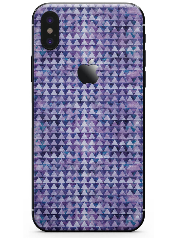 Purple Textured Triangle Pattern - iPhone X Skin-Kit