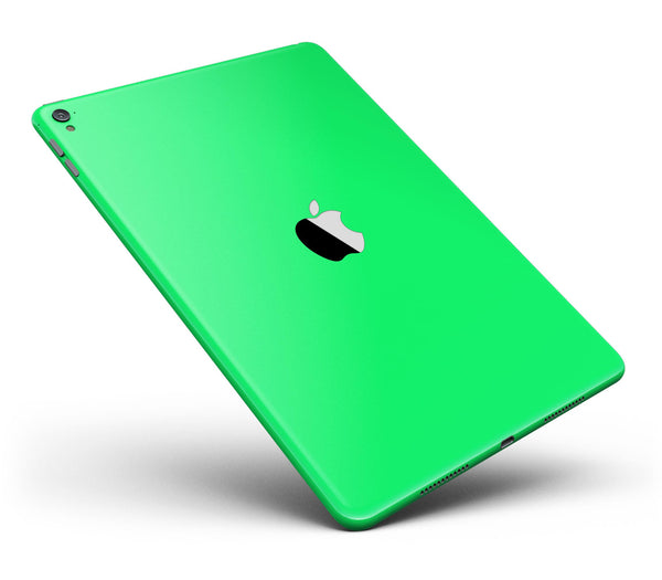 Solid_Green_V2_-_iPad_Pro_97_-_View_1.jpg