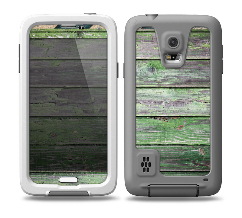 The Wooden Planks with Chipped Green Paint Skin for the Samsung Galaxy S5 frē LifeProof Case