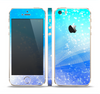 The Abstract Light Blue Scattered Snowflakes Skin Set for the Apple iPhone 5s