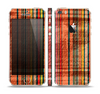 The Abstract Retro Stripes Skin Set for the Apple iPhone 5s
