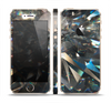 The Abstract Shattered Crystal Pattern Skin Set for the Apple iPhone 5s