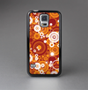 The Abstract Vector Gold & White Circle Swirls Skin-Sert Case for the Samsung Galaxy S5