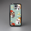 The Abstract Vintage Christmas Owls Skin-Sert Case for the Samsung Galaxy S5