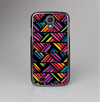 The Abstract Zig Zag Color Pattern Skin-Sert Case for the Samsung Galaxy S4