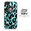 The Abtract Vector Green Cheetah Skin For The iPhone 4-4s or 5-5s Otterbox Commuter Case