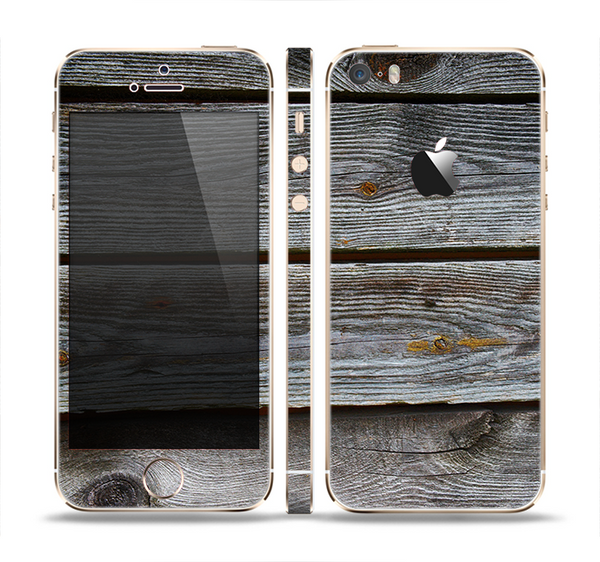 The Aged Wood Planks Skin Set for the Apple iPhone 5s
