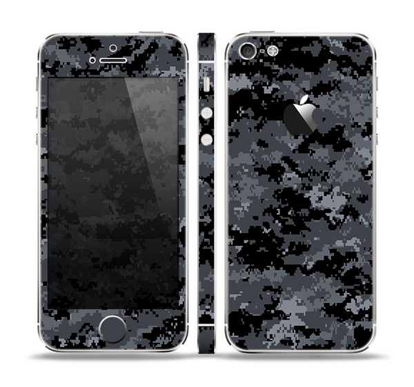 The Black Digital Camouflage Skin Set for the Apple iPhone 5