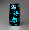 The Black & Turquoise Paw Print Skin-Sert Case for the Samsung Galaxy S5