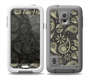 The Black & Vintage Green Paisley Skin for the Samsung Galaxy S5 frē LifeProof Case