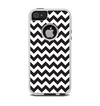 The Black & White Chevron Pattern Apple iPhone 5-5s Otterbox Commuter Case Skin Set