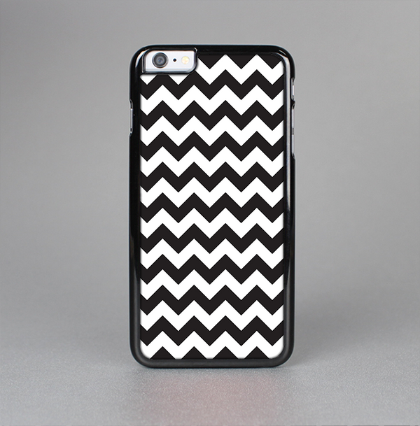 The Black & White Chevron Pattern Skin-Sert Case for the Apple iPhone 6 Plus