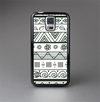 The Black & White Floral Aztec Pattern Skin-Sert Case for the Samsung Galaxy S5